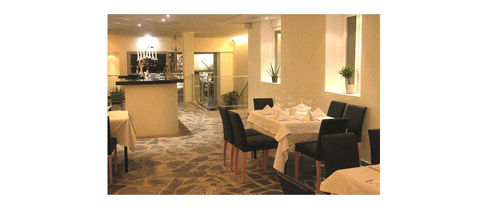 Restaurante Celebrity Room (Madrid) - sillas #359 - imagen 01